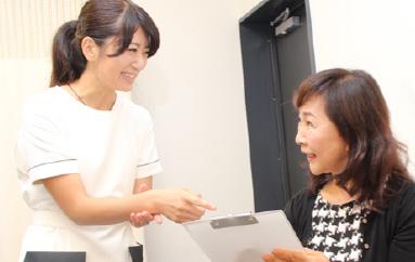 スタッフの笑顔|患者さんをサポート